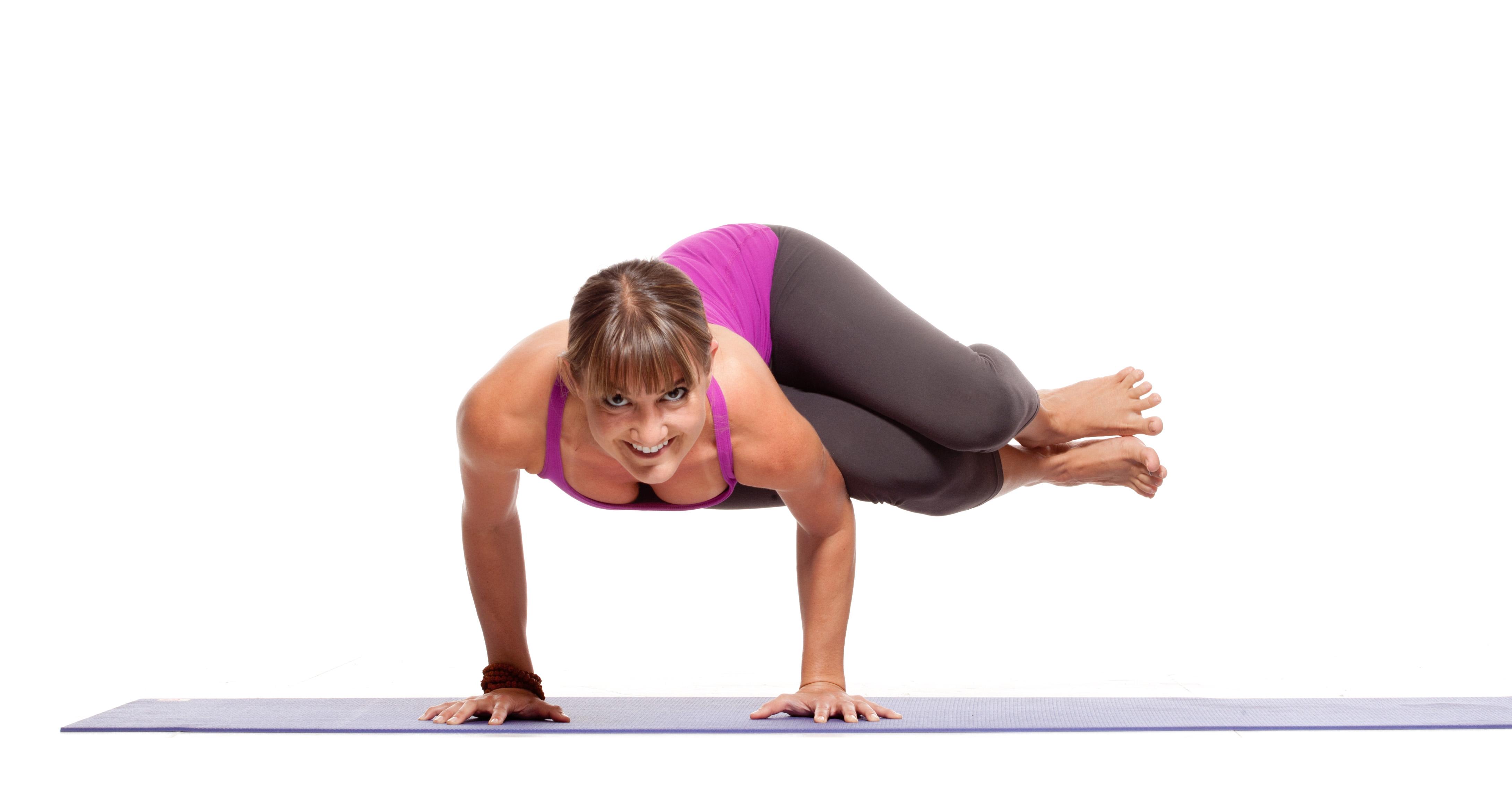 10 insane yoga poses you wish you could strike doyouyogacom - 1280×720